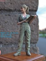 1/20 Female Mechanic(B)